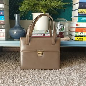 Vintage twist lock handbag
